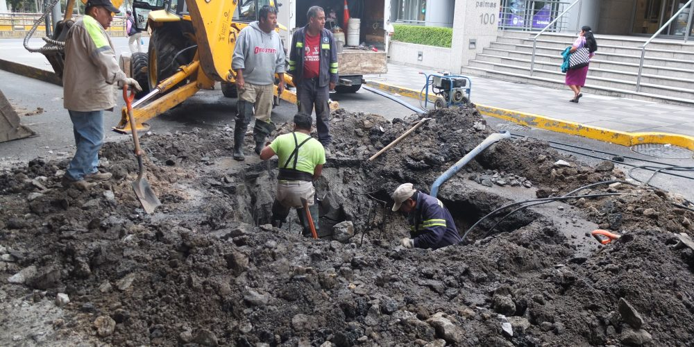 Maintaining the Mexico City water system