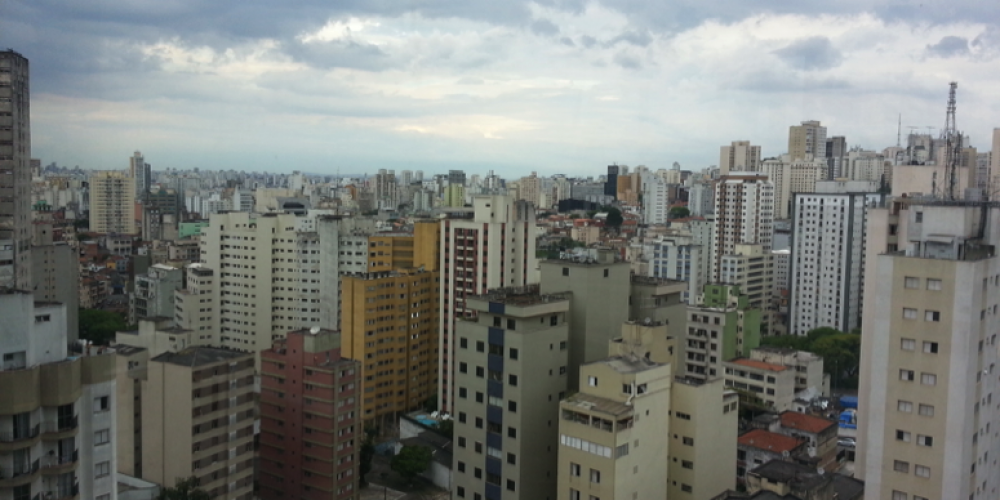 Political Ecology of Urbanization in Latin America: A fertile ground for more situated and just urban ecologies