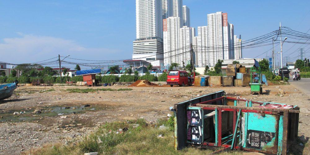North Jakarta: Kampung livelihood responses to infringing infrastructures
