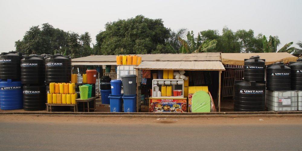 Exploring infrastructures of (water) storage in Accra